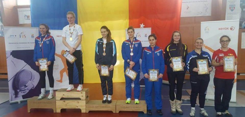 Bianca Benea este campioana a României la spadă feminin pentru juniori