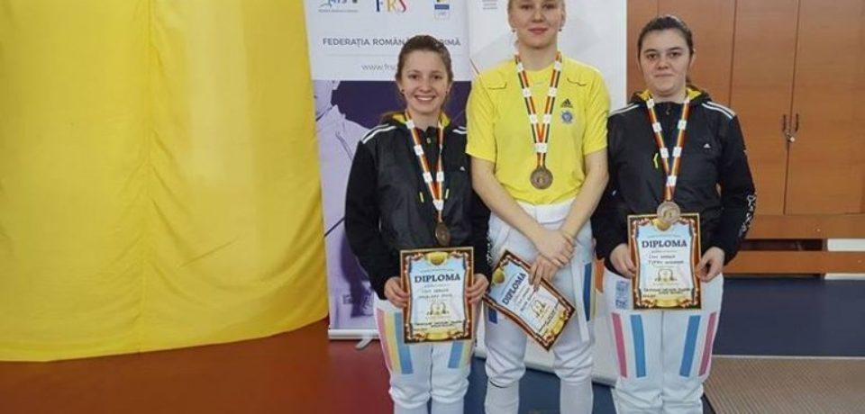 Tinerele spadasine din Oradea revin acasa si cu medalii de bronz