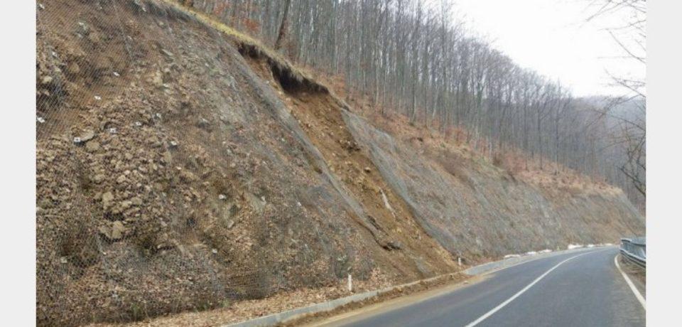 Probleme pe DN 1 H. Alunecarile de teren sunt tot mai dese