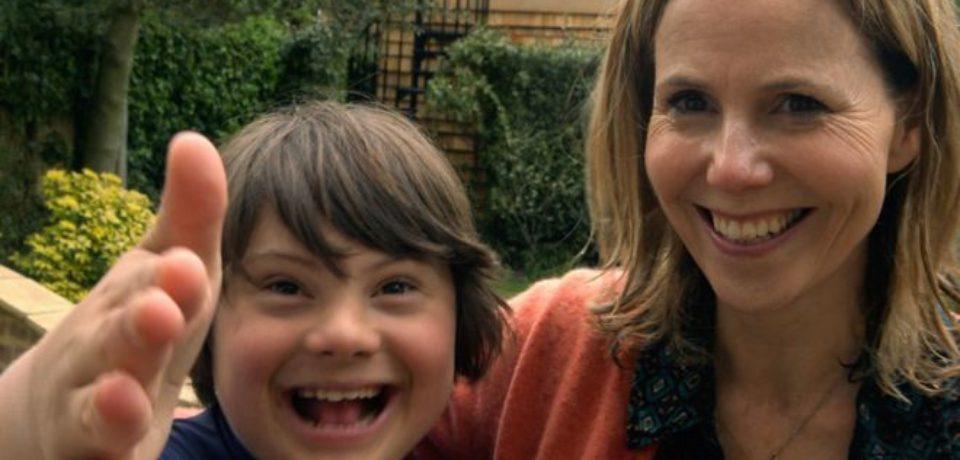 Vești bune pentru copiii cu sindrom Down: Aceștia vor putea beneficia de însoțitor ca urmare a unui ordin de ministru