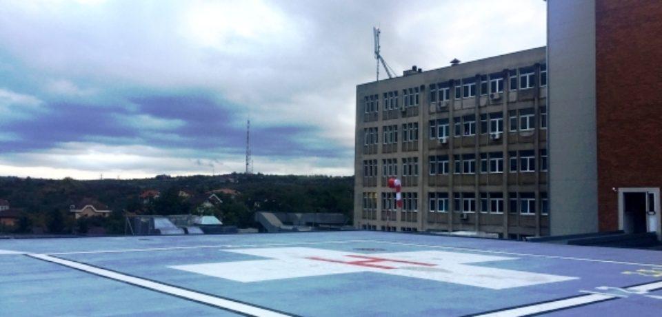 Heliport in teste. UPDATE : Primul elicopter A ATERIZAT pe  cladirea Spitalului Judetean
