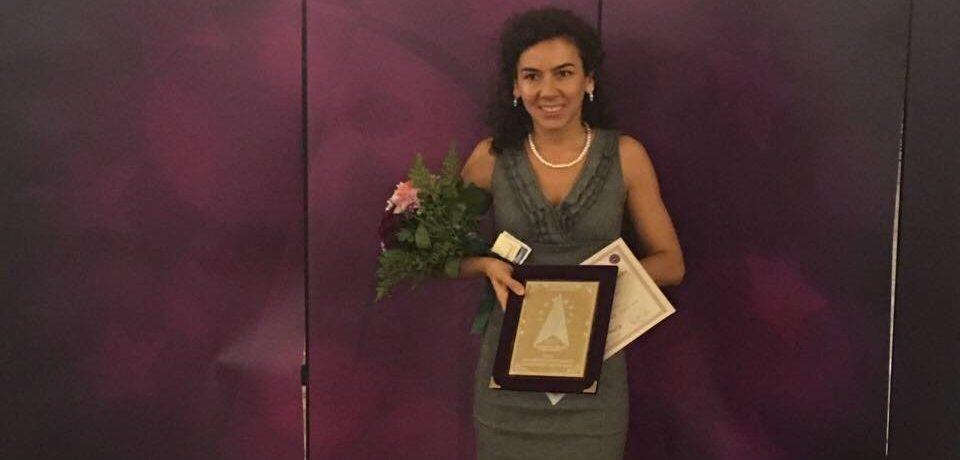 O oradeanca a castigat un premiu important la Gala Nationala a Excelentei în Asistenta Sociala