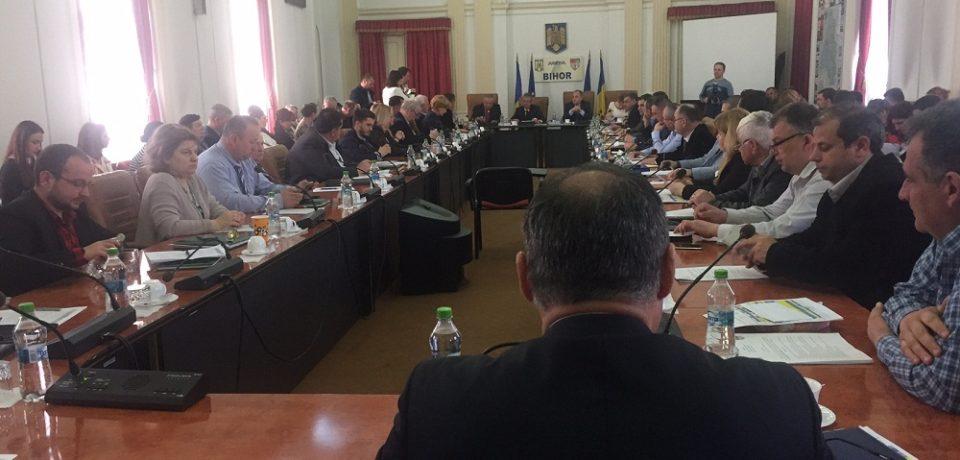 Consiliul Judetean Bihor ramane blocat. UPDATE:  Sedinta extraordinara la ora 16