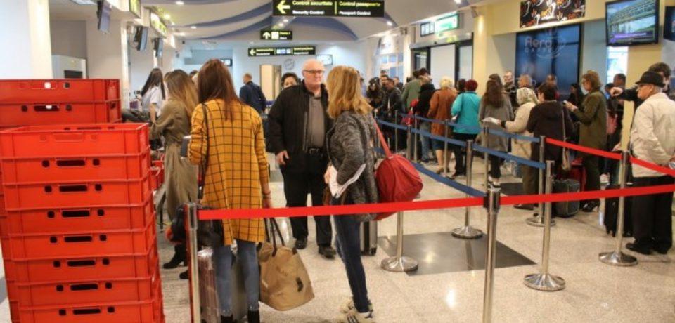 Un pas spre normalitate. Peste 1000 de pasageri intr-o singura zi prin Aeroportul oradean