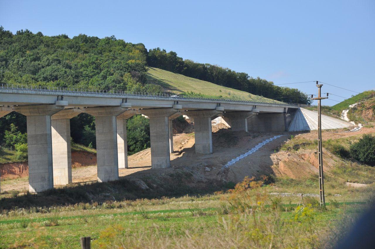 Bani cu pipeta pentru Autostrada Transilvania. Cati kilometri se vor construi in 2019