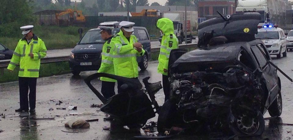 Accident mortal pe centura Oradea. Victima este o tanara de 19 ani