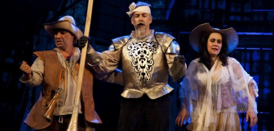 """Actorii Teatrului Regina Maria pe scena Festivalului Internaţional """"Miturile Cetăţii"""""""