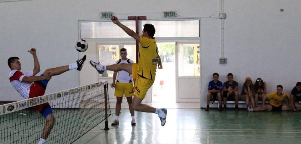 Două jocuri din cadrul campionatului de futnet al României se desfăşoară la Salonta