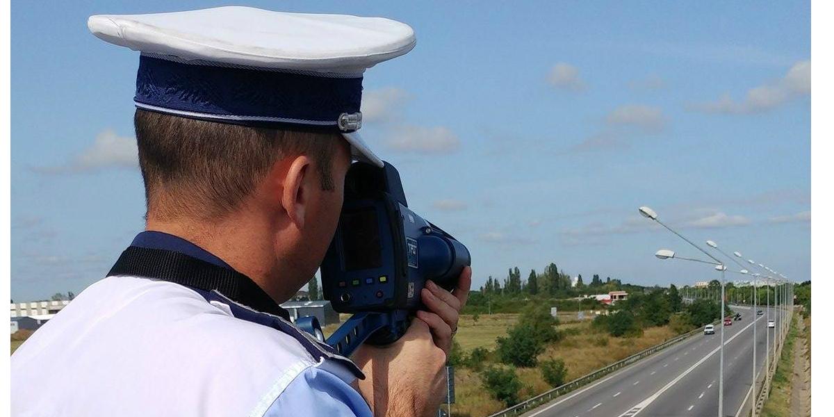 Un sofer, prins pe Calea Aradului cu 175 km pe ora