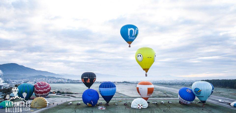 Spectaculos. Zeci de baloane cu aer cald vor colora in weekend cerul Maramuresului. Video