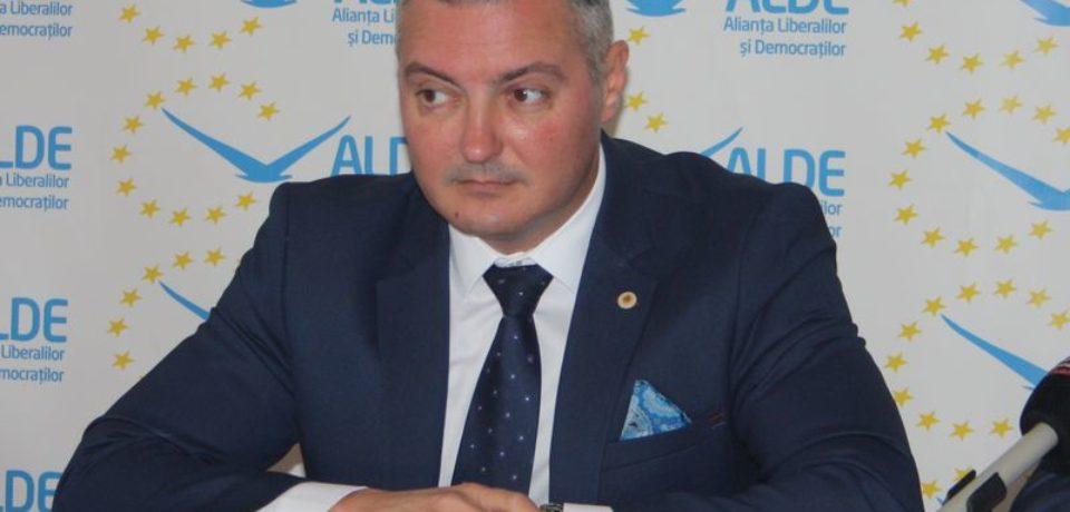 Dorin Corcheş numit vicepreședinte, cu rang de subsecretar de stat, al Administrației Fondului pentru Mediu