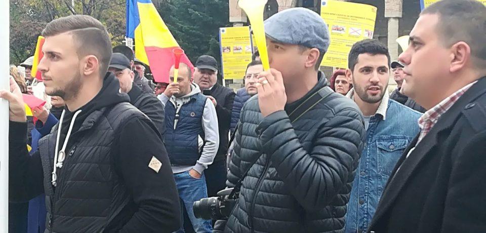 1000 de oameni vor protesta joi in Oradea