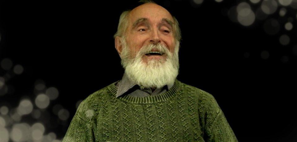 VIDEO : Mos Craciun de Oradea. Povestea actorului care de peste 50 de ierni imbraca haina rosie ca sa-i bucure pe micuti
