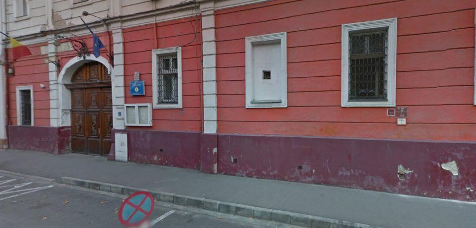 Detinutii penitenciarului Oradea, vizitati de Cornel Borza si Leontin Ciucur. Comunicat