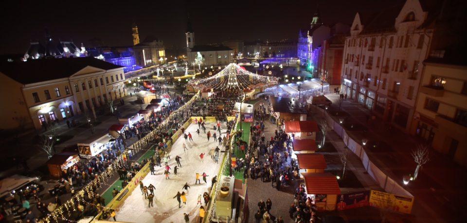 Târgul de Crăciun Oradea din Piaţa Unirii şi din Cetate. Programul zilei de sâmbătă, 16 decembrie