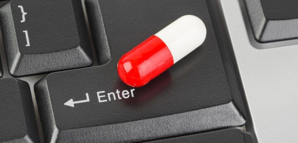 Avertisment îngrijorător OMS: Peste 50% dintre medicamentele vândute pe internet sunt falsificate şi conţin substanţe toxice