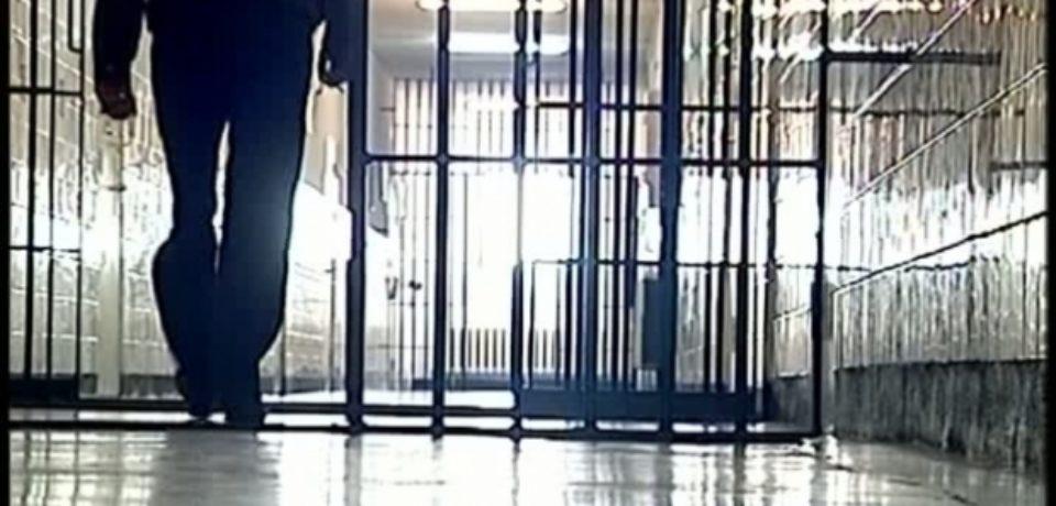 Urmărit național, condamnat pentru furt, depistat și încarcerat de polițiștii orădeni