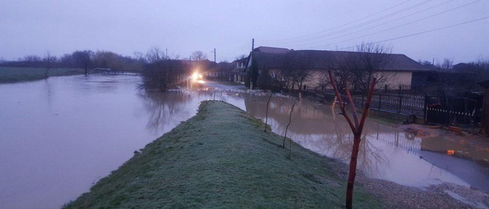 Cod galben de inundaţii pe râuri din Bihor