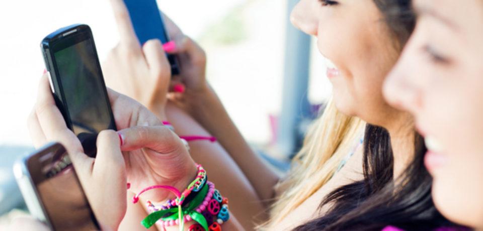 """Aplicaţie pentru mobil, care reduce emoţiile negative, creată de psihologii Universităţii """"Babeş-Bolyai"""""""