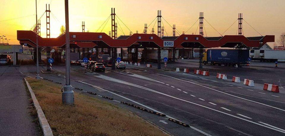 Restricții de circulație pentru autovehiculele cu masa mai mare de 7,5 tone la frontiera cu Ungaria