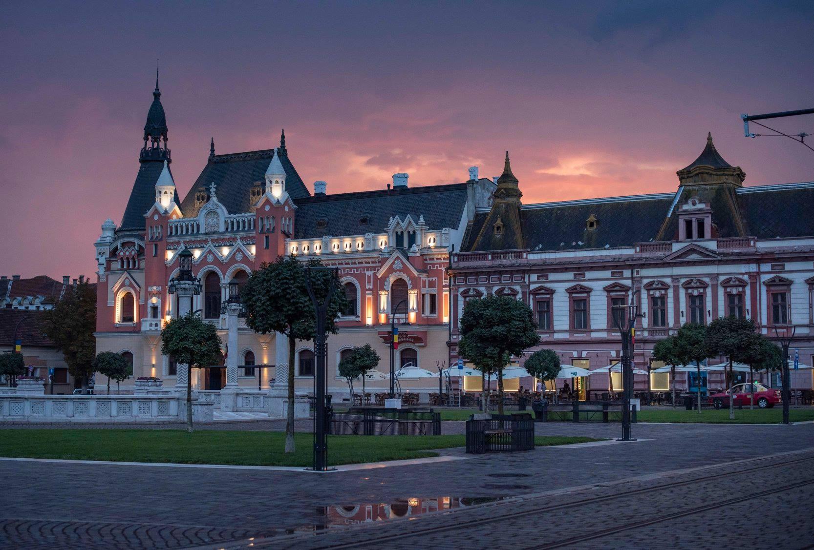 """Caravana """"România 2019"""" ajunge la Oradea. Vezi cum e prezentat municipiul și judeţul Bihor"""