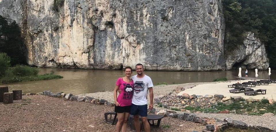 Povestea tinerilor care au pariat pe fondurile europene şi au adus Thailanda la poalele munţilor Pădurea Craiului