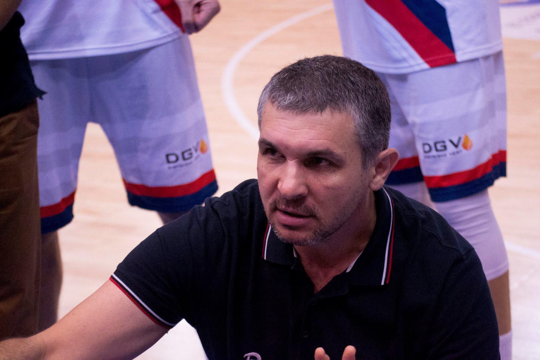 Baschetbaliștii orădeni au pierdut meciul de la Cluj-Napoca, la ultima aruncare