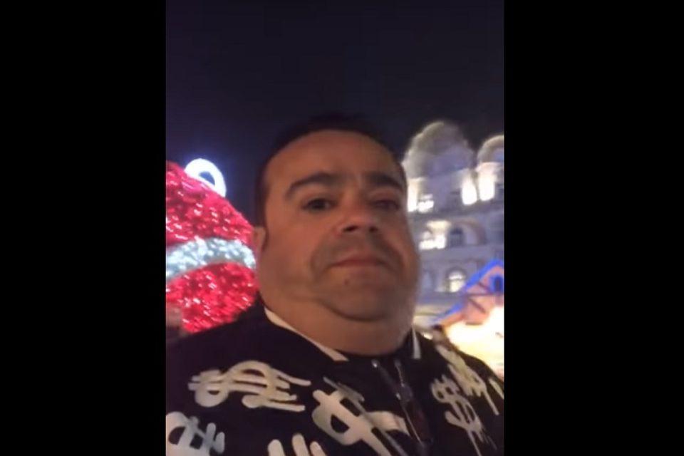 """Manelistul Adrian Minune, la Targul de Craciun din Piata Unirii: """" Frumusete ca la Oradea nu exista nicaieri"""". VIDEO"""