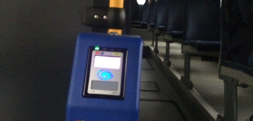 Din ianuarie, biletele OTL se vor cumpăra cu cardul în tramvaie şi autobuze