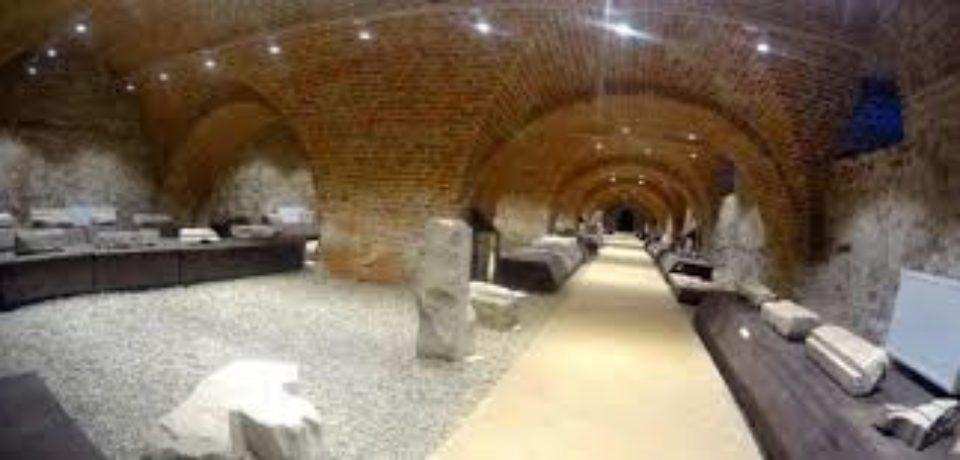 Expoziții permanente și temporare în Muzeul Orasului Oradea – Complex Cultural