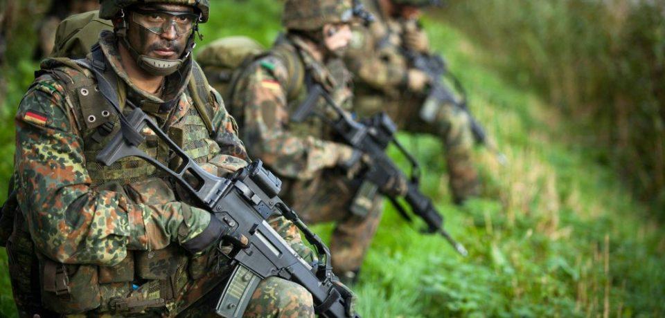 Armata cauta militari rezervisti in Bihor. Stai acasa si primesti sute de lei pe luna