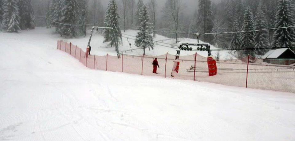 A fost emis COD GALBEN de vânt puternic până luni la prânz. Zona montană a Bihorului e afectată