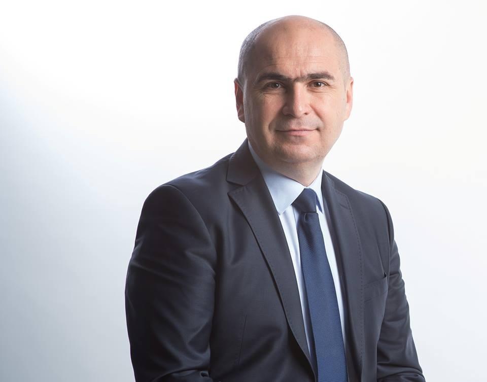 """PressOne l-a nominalizat pe Ilie Bolojan pentru premiul """"Omul anului 2018 în România"""""""