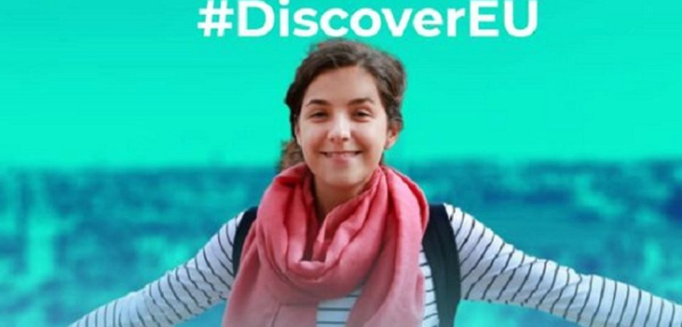 Peste 500 de tineri români au fost acceptaţi în a doua rundă #DiscoverEU