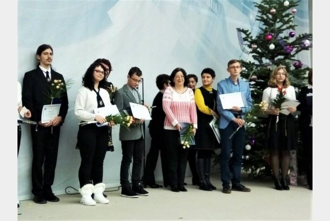 6 olimpici din Bihor, premiaţi pentru rezultatele obţinute la concursurile internaţionale pe discipline școlare