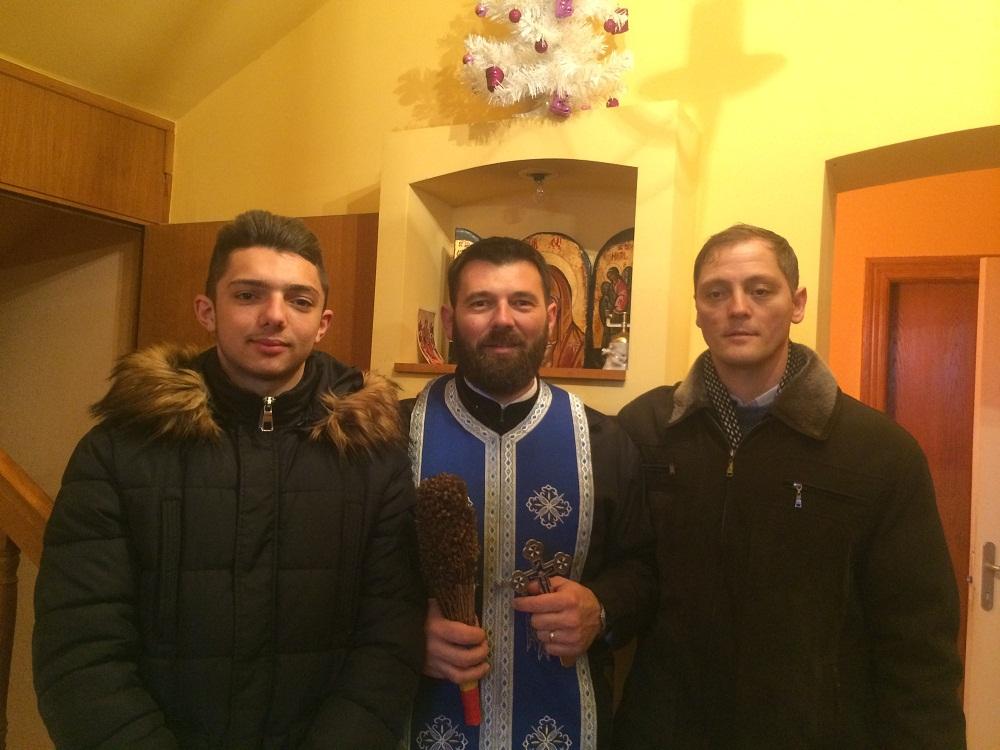 Preoţii orădeni au început sfințirea caselor – Vestesc Botezul Domnului