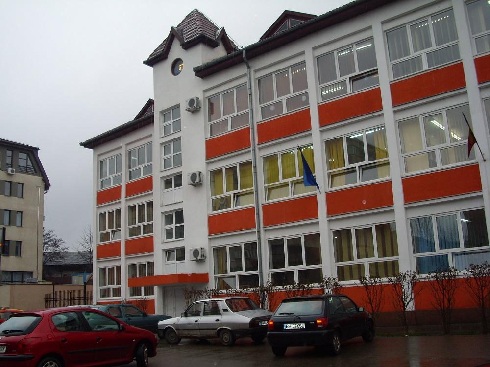 Se află în procedură de licitație reabilitarea Școlii Gimnaziale Dacia. Comunicat