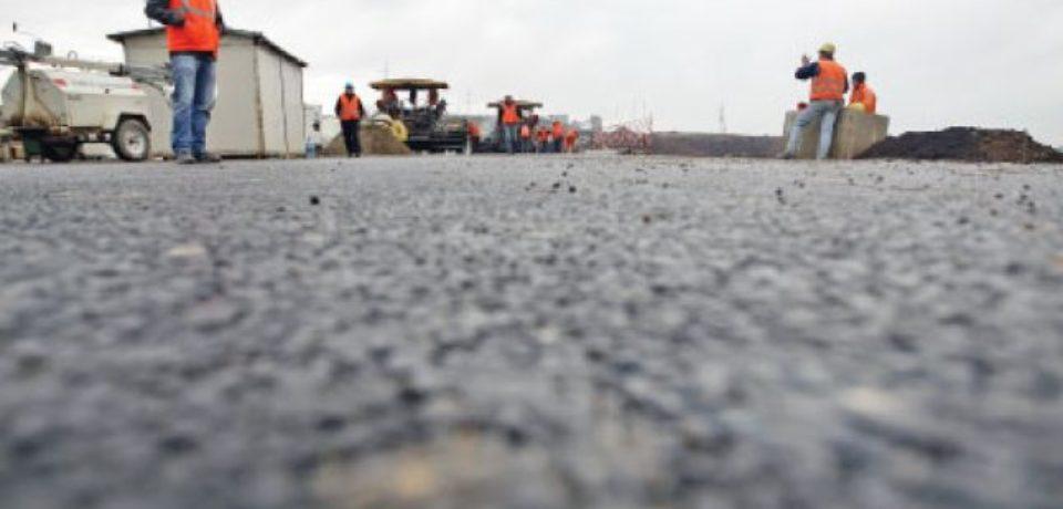 Autostrada Transilvania, la aproape un deceniu de la prima tăiere de panglică cu fast