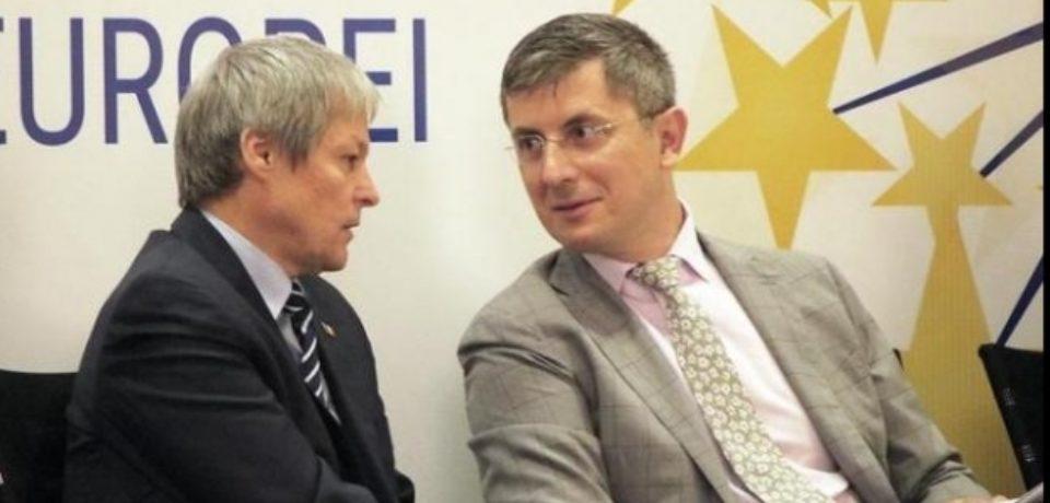 """Alianţa """"2020 USR-PLUS"""" nu se poate înscrie în acest moment la alegerile europarlamentare"""