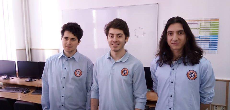 """Trei liceeni de la Gojdu, în finala Concursului Internațional de Informatică """"Adolescent Grigore Moisil"""""""
