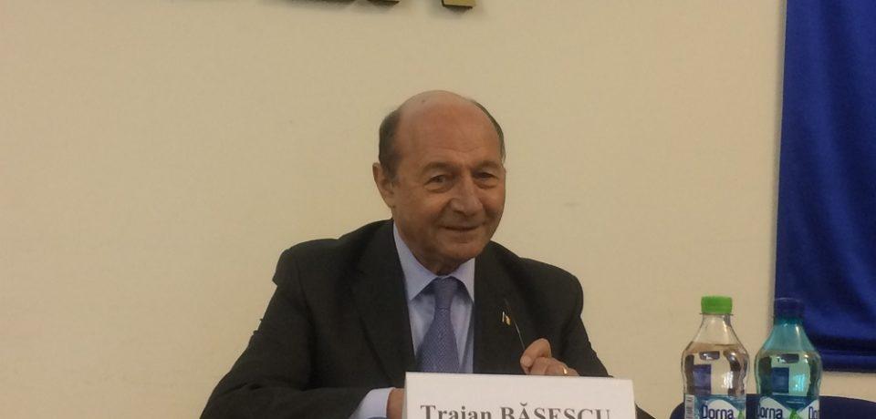 Traian Basescu: Uniunea Europeana trebuie sa devina al patrulea pol de putere globala