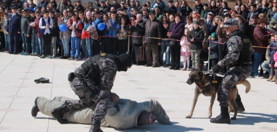 Ziua Poliției Române 2019. Programul evenimentelor de la Oradea