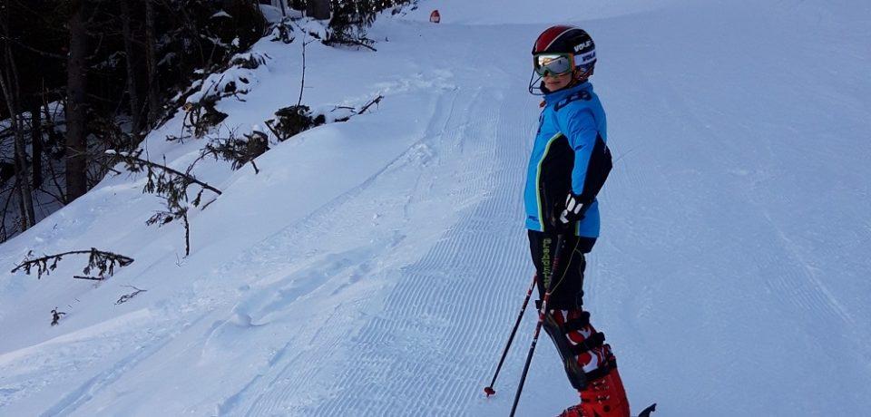 Cezar Motoc, pe podium, la Nationalele de schi alpin