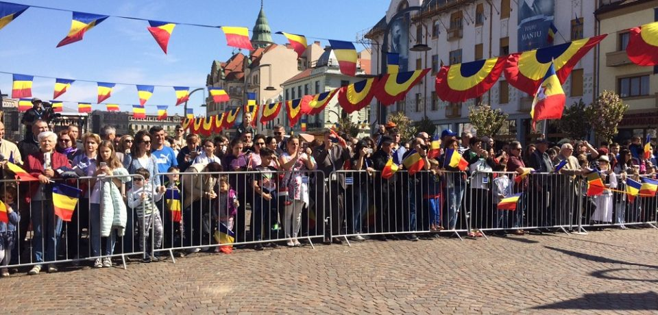 Oradenii participa la manifestarile legate de Centenarul eliberarii orasului. Video