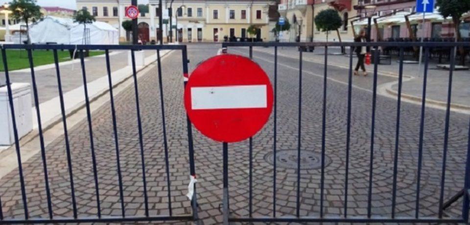 Se închide circulaţia rutieră în Piaţa Unirii. Autobuzele 12 şi 14 vor fi deviate