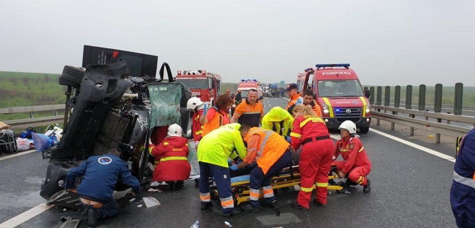 Accident pe autostrada A1, între Arad şi Timişoara. Traficul e oprit
