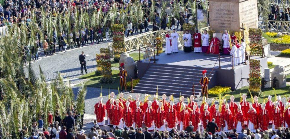 Moment emoţionant la Vatican, de Florii. Un român a rostit una dintre rugăciuni