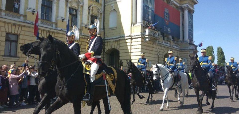 Parada militara i-a incantat pe oradeni