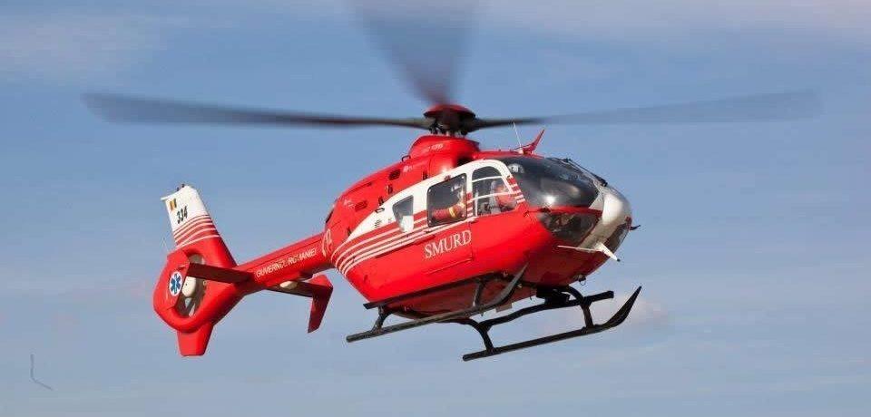 Accident grav la intrarea in Beiuş. Doua victime preluate de elicopterul SMURD