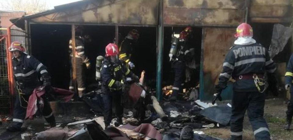 Incendiu violent la un depozit din Marghita